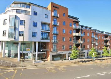 3 bed flat to rent in Trinity Gate, Epsom Road, Guildford, Surrey GU1
