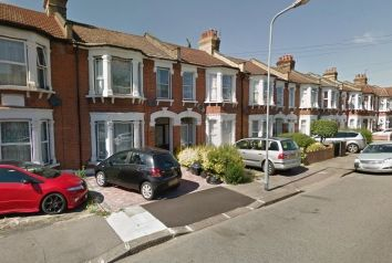 Thumbnail 3 bed property to rent in Windsor Road, Ilford