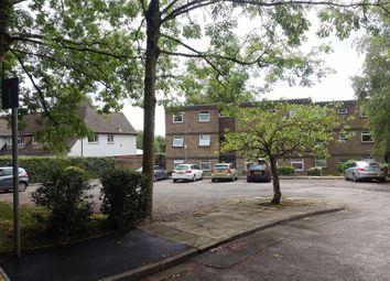 Thumbnail 2 bedroom flat to rent in Lisvane Road, Llanishen, Cardiff