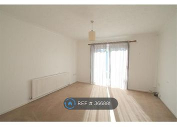 Room to rent in Essex Hall Rd, Colchester CO1