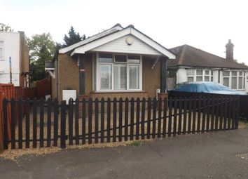 Thumbnail 3 bed bungalow for sale in Dunstable Road, Luton