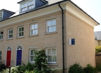 Thumbnail 3 bed property to rent in Flower Street, Cambridge