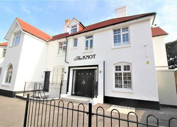 Thumbnail Pub/bar to let in Beach Road, Westgate-On-Sea