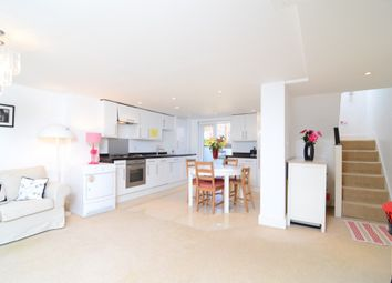 Thumbnail 3 bed flat for sale in Mount Pleasant Lane, London