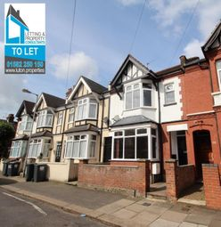 Thumbnail 4 bedroom terraced house to rent in Chatsworth Road, Luton