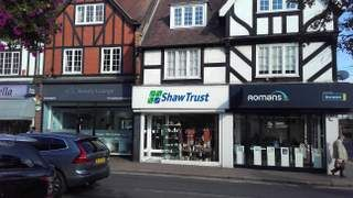 Thumbnail Retail premises to let in Packhorse Road, Gerrards Cross