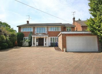 Thumbnail 5 bed property for sale in Oakleigh Park North, London