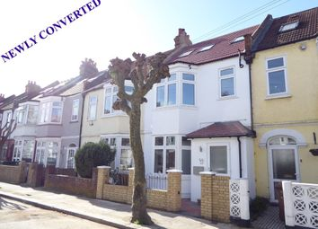 Thumbnail 3 bed flat for sale in Caithness Road, Tooting Borders