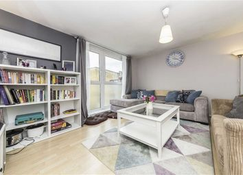 3 bed flat for sale in Siward Road, London SW17