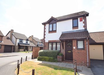 Thumbnail 3 bed link-detached house for sale in Malvern Gardens, Hedge End, Southampton