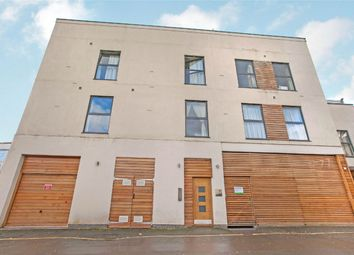 Thumbnail 2 bedroom flat to rent in Swan Lane, Winchester, Hampshire
