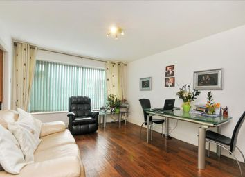 Thumbnail 2 bedroom flat for sale in Kingston Road, Ewell, Epsom