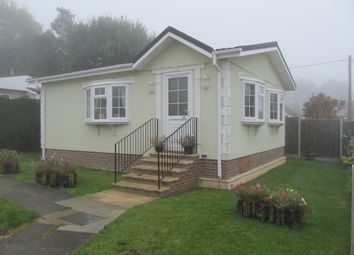 Thumbnail 2 bedroom mobile/park home for sale in Warren Park (Ref 6032), Boxhill, Nr Dorking, Surrey