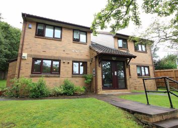 Thumbnail 2 bed flat to rent in Richards Close, Bushey