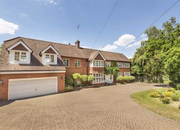 Barnet Lane, Elstree, Hertfordshire WD6. 7 bed detached house