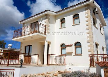 Thumbnail 3 bed villa for sale in Λεοφ. Αγίου Νεοφύτου 23, Tremithousa, Cyprus