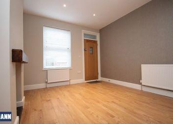 3 bed property to rent in Howard Road, Dartford DA1