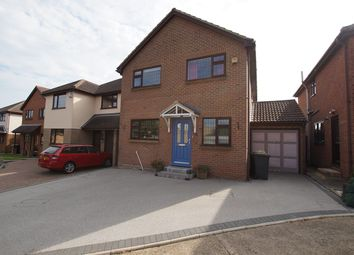 Thumbnail 4 bed detached house for sale in Moat Rise, Rayleigh