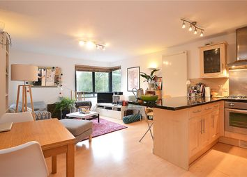 Thumbnail 3 bed flat for sale in Anstey Road, Peckham Rye, London