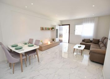 Thumbnail 3 bed apartment for sale in Calle Alicante, 02005 Albacete, Spain