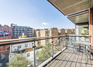 Thumbnail 1 bed flat to rent in Hepworth Court, Grosvenor Waterside, Gatliff Road, Chelsea, London