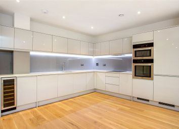 2 bed flat for sale in Welcombe House, Harpenden, Hertforshire AL5