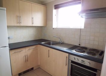 Thumbnail 1 bed flat to rent in St James's Road, East Croydon, Surrey