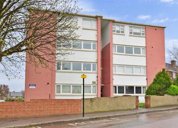 Thumbnail 2 bedroom flat for sale in Cross Road, Woodford Green, Essex