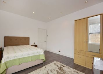 Thumbnail 2 bed flat to rent in Atheldene Road, Earlsfield, London