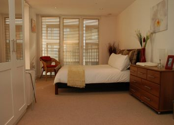 Thumbnail 3 bed flat to rent in Aegean Apartments, Docklands