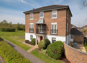 Maypole Drive, Kings Hill ME19. 5 bed detached house