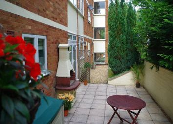 Thumbnail 2 bed flat for sale in Green Hill Gate, High Wycombe