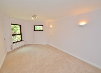 Thumbnail 1 bed flat to rent in Finchley Rd, London