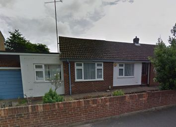 Thumbnail 3 bed bungalow to rent in Hayhurst Rd, Luton