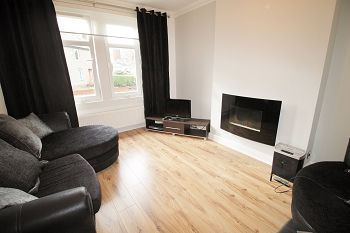 Thumbnail 3 bed flat to rent in Barnes Avenue, Dundee