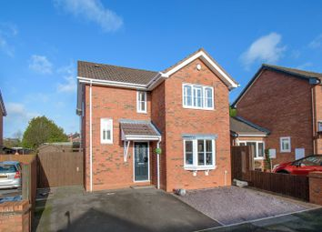 Thumbnail 3 bed detached house for sale in The Flats, Bromsgrove