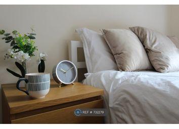 Room to rent in Hughenden Avenue, High Wycombe HP13