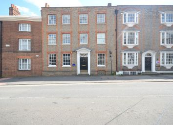Thumbnail 2 bed flat to rent in Blenheim Place, Castle Street, Reading