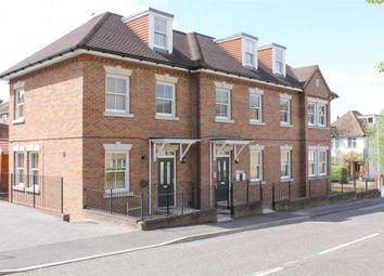 Thumbnail 2 bed flat to rent in Lower Adeyfield Road, Hemel Hempstead