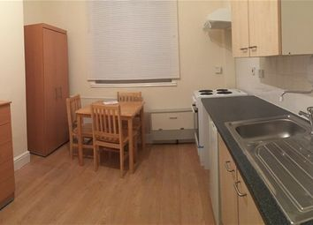 Thumbnail Room to rent in Homerton High Street, Homerton, London