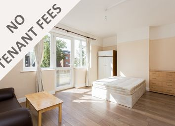 Thumbnail 4 bed flat to rent in Queens Parade, Brownlow Road, London