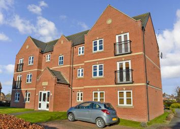 Thumbnail 2 bedroom flat for sale in Collum House Road, Scunthorpe