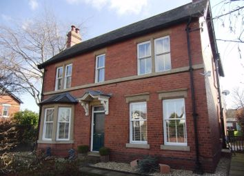 Thumbnail 3 bed detached house to rent in Carlton Lane, Rothwell, Leeds
