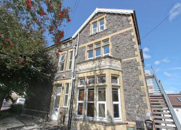 Thumbnail 6 bed flat to rent in Ravenswood Road, Cotham, Bristol