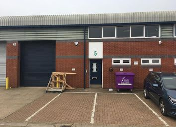 Thumbnail Light industrial to let in Unit 5 Vale Industrial Estate, Southern Road, Aylesbury, Bucks