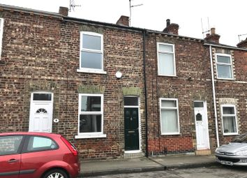2 bed property to rent in Bright Street, York YO26