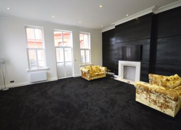 Thumbnail 2 bed flat to rent in Richmond Drive, Woodford Green