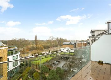 3 bed flat for sale in Quayside House, 8 Kew Bridge Road TW8