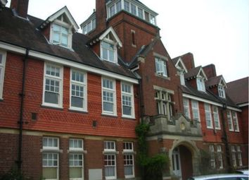 Thumbnail 2 bed flat to rent in Caxton Lane, Oxted, Kent