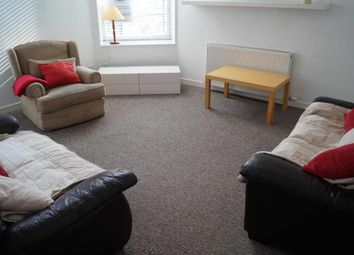 2 bed flat to rent in Diamond Street, Aberdeen AB10